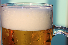 Alcohol consumption can increase the chances of suffering from acid reflux.