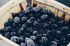 Berries like blackberries and strawberries are great sources of fibre.