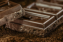 Dark chocolate is a pleasant food for getting rid of constipation.