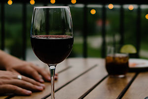 red wine for skin health
